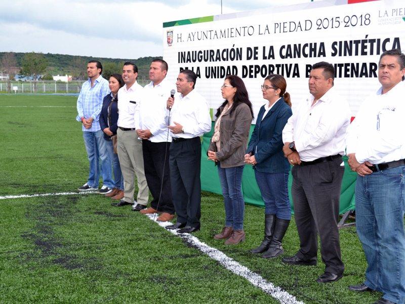 INAUGURA ALCALDE CANCHA SINTÉTICA DE FÚTBOL Y PARQUE DE BEISBOL ... e5eec57fd8ee9