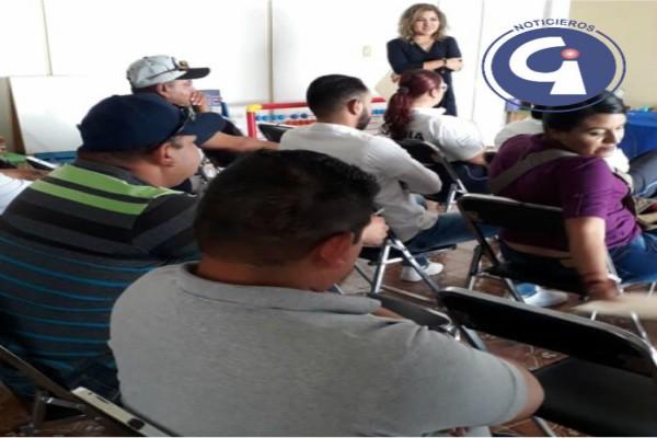 CAPACITAN A AGENTES DE TRÁNSITO SOBRE ALERTA DE GÉNERO